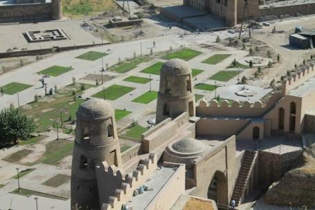 Гиссарская крепость1